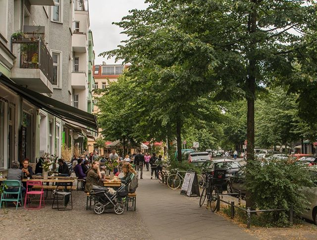 New article: cities like Berlin and Vienna provide residents with greater urbanism and quality of life than their American counterparts, but at a fraction of the housing cost. What does this mean for urban residents and renters in the US, and how can cities better deliver on their rising price tags? Link in bio.