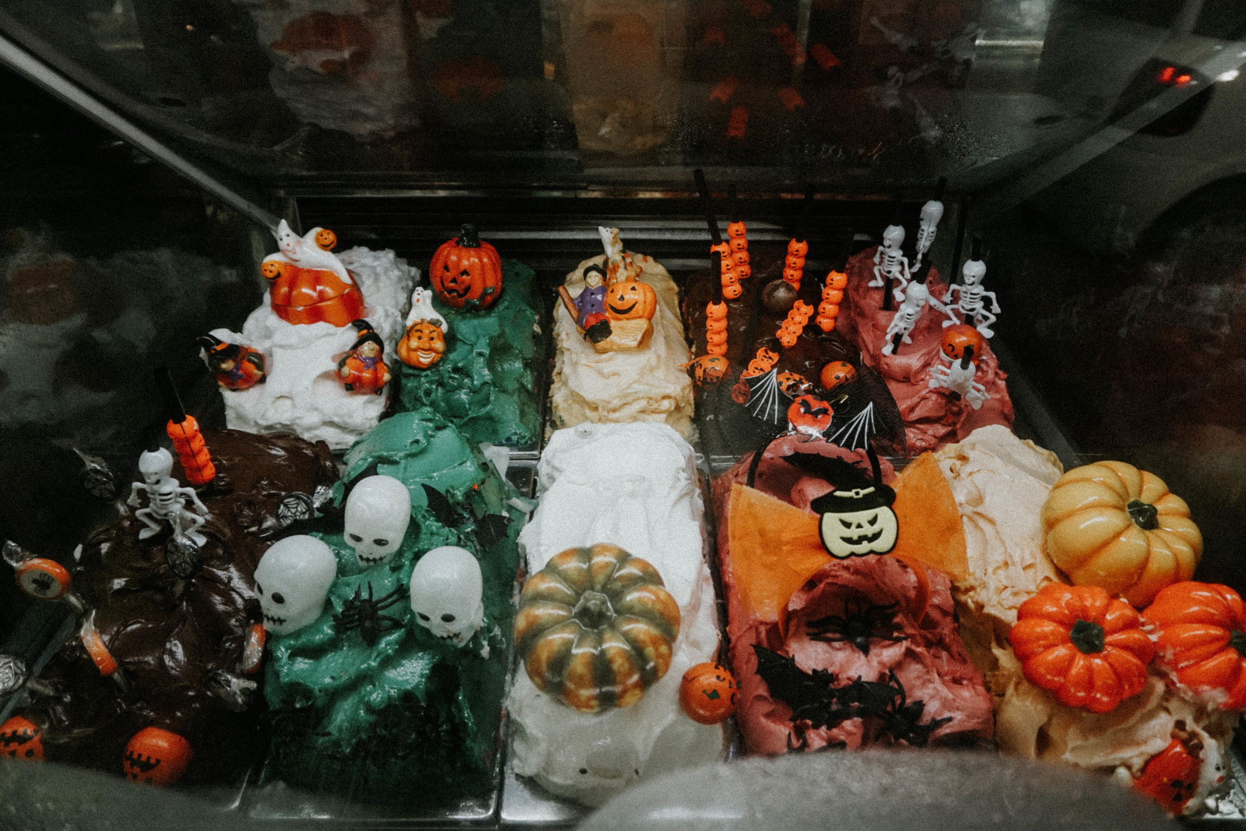 The kind of gelato NOT to eat. Halloween was at least a week prior to this photo being taken.