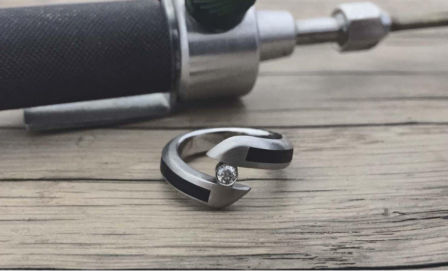 twist-bog-wood-diamond-raw.jpg