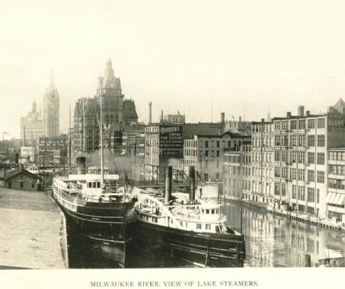 milwaukee_river_downtown_goodrich_dock.jpg