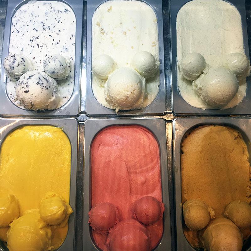 ice-cream-disneyworld2.jpg