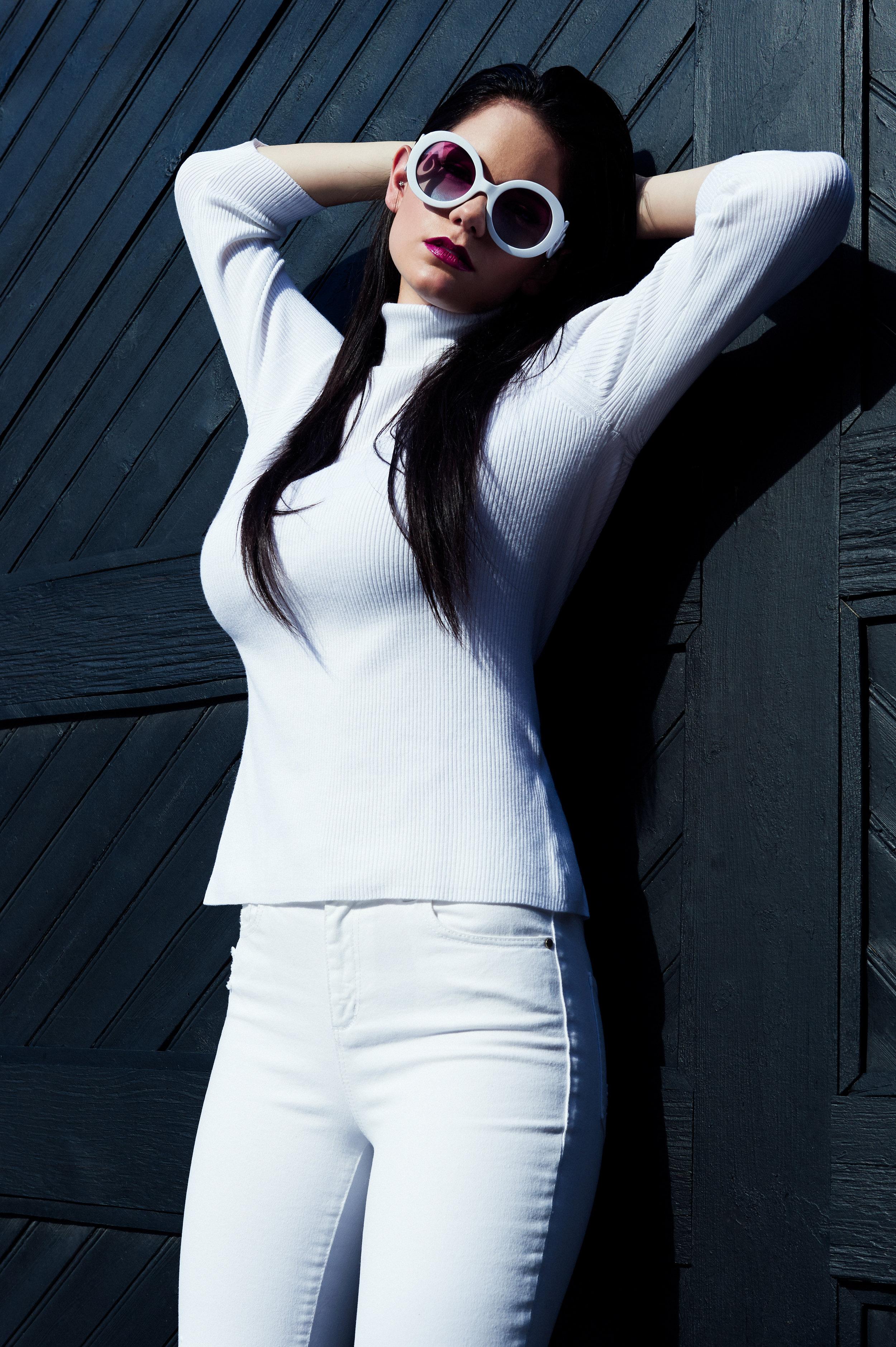 Marta-Hewson-Kathryn-Rosa-Model-Portfolio-7464.jpg