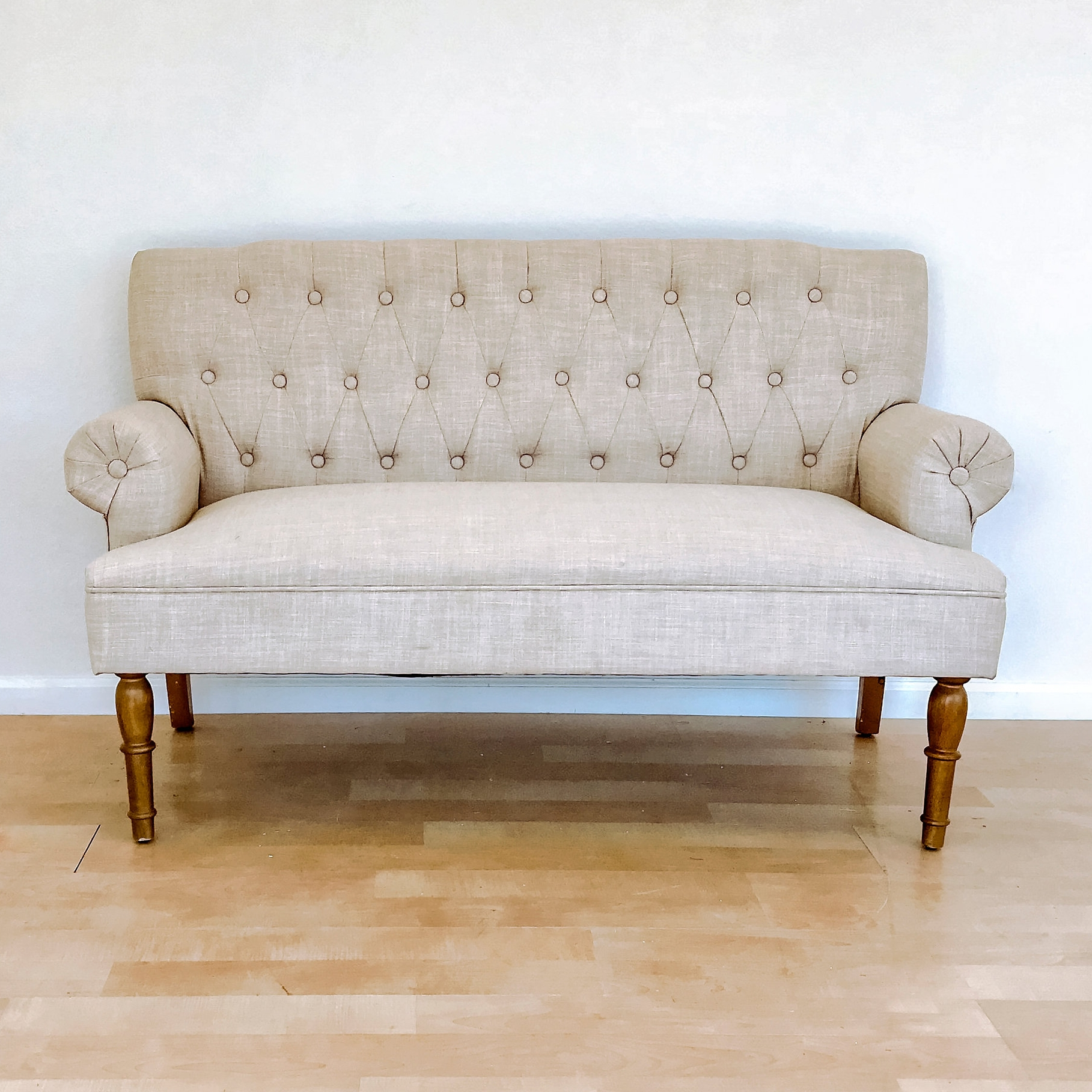 renee landry eventslinen tufted settee loveseat rolled arm wedding rentals.jpg