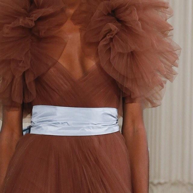 C O L O U R S T O R Y @maisonvalentino couture.  G E N I A L. 🎨
