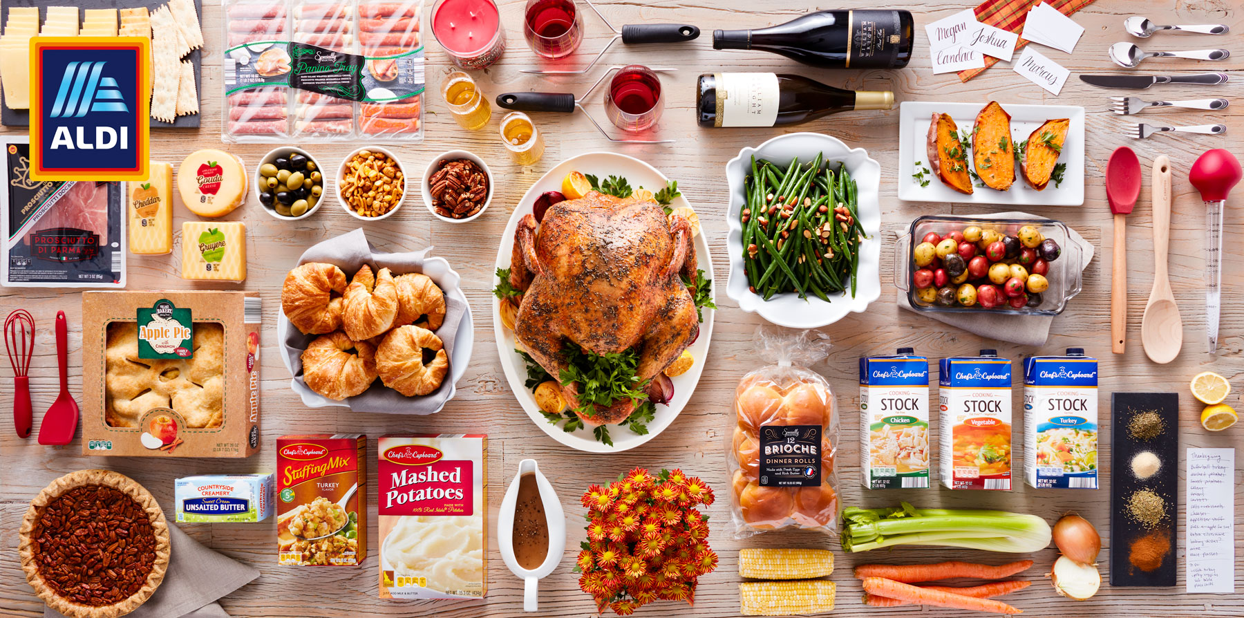 SR_ALDI_20170921_Thanksgiving_1_Knolling_Hero_Wine_083_wTurkey_logo.jpg