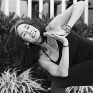 Jo_Echard_Yoga_Instructor_Ease_Yoga.jpg