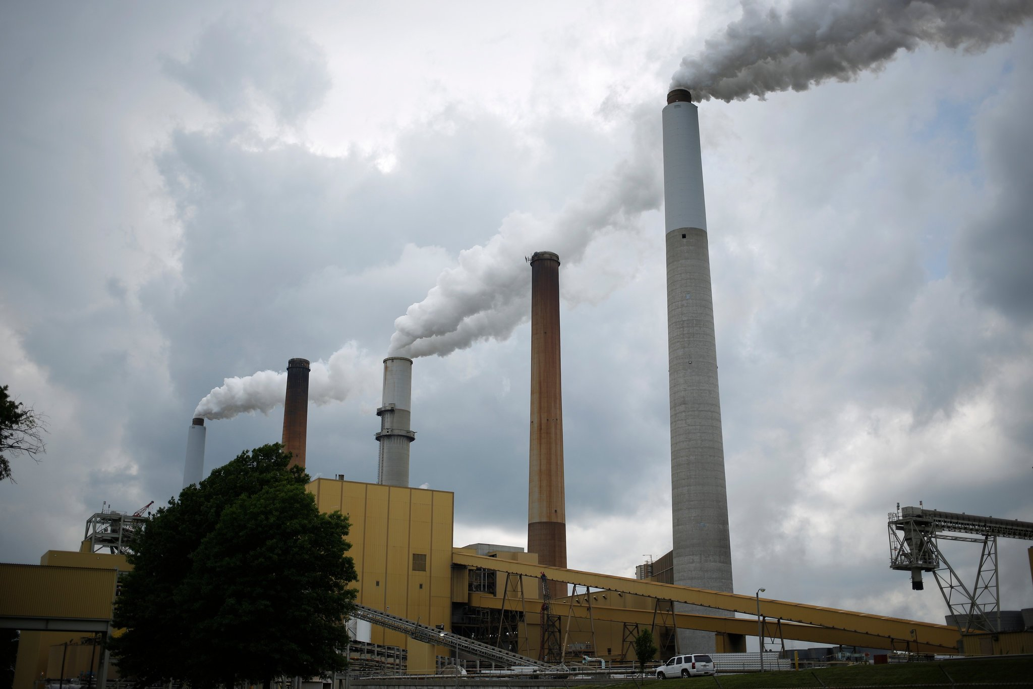 What to Know About Trump's Order to Dismantle the Clean Power Plan