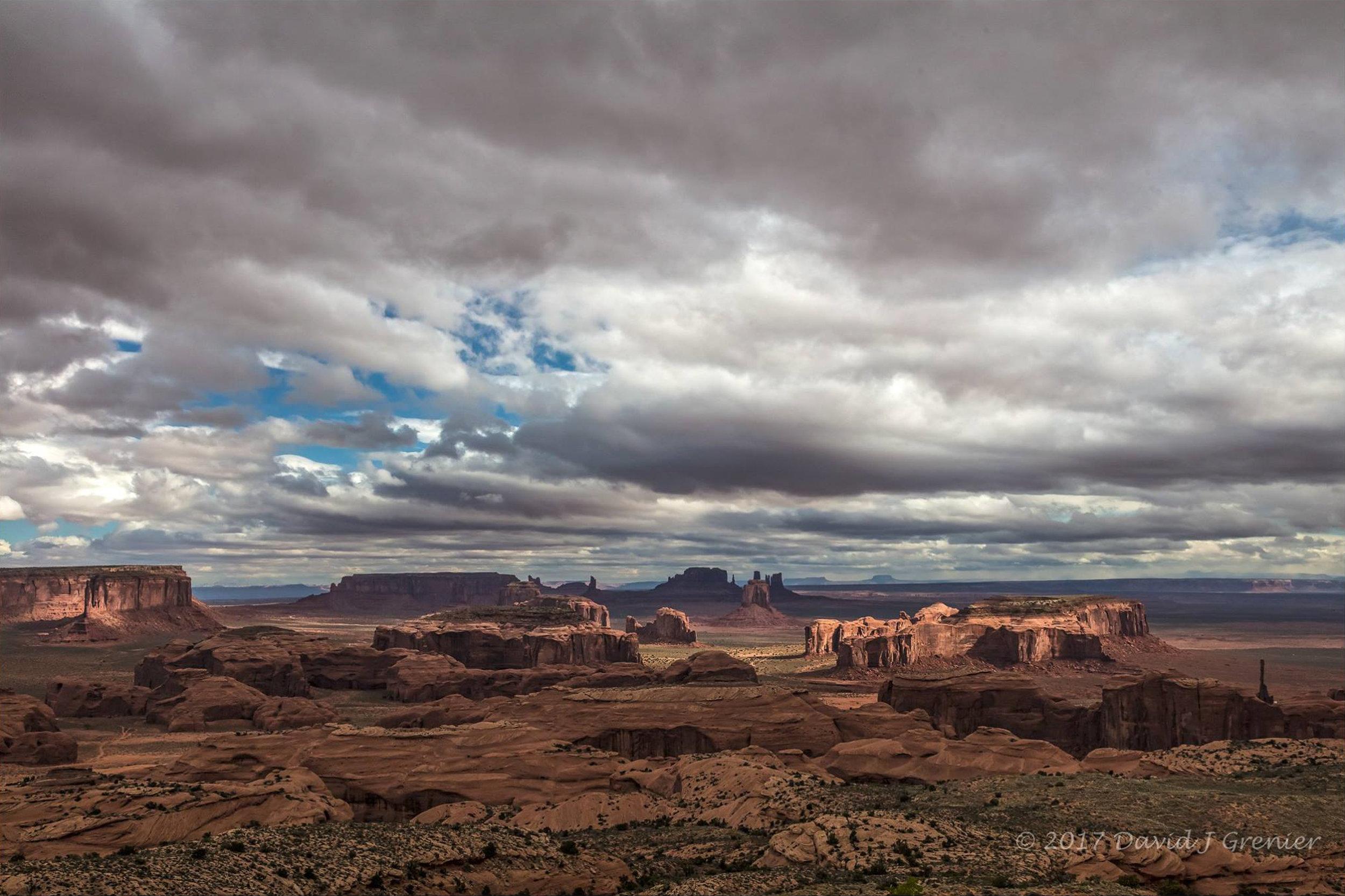 April 29, 2017, Hunts Mesa, Monument Valley, AZ; exp. 1/80 sec @ f/16; 24-105mm lens @ 35mm; ISO 400