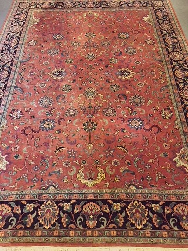 "BR-202 Mahal, Hand-tied Rug. 14' x 9'10"". Excellent condition. 1980's. $1450"
