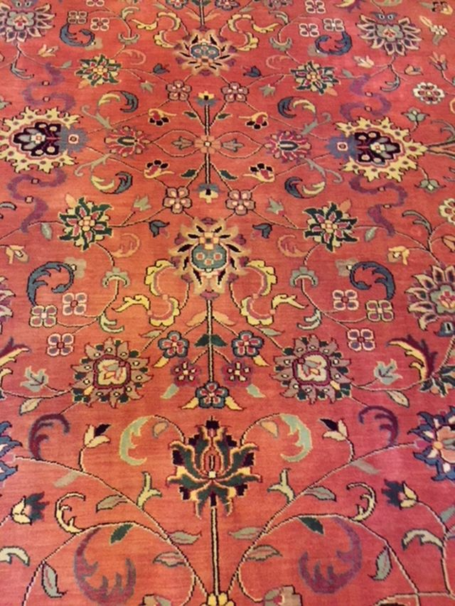 "BR-202 Mahal, Hand-tied Rug. Closeup of center area. 14' x 9'10"". Excellent Condition. 1980's. $1450"