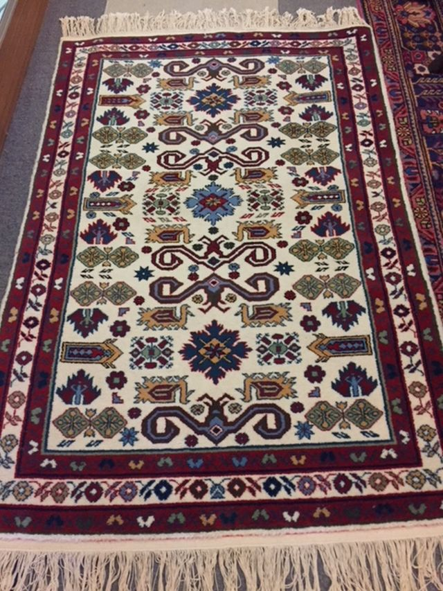 """WS-418 Persian, hand-tied rug. 40"""" x 60"""". $225"""
