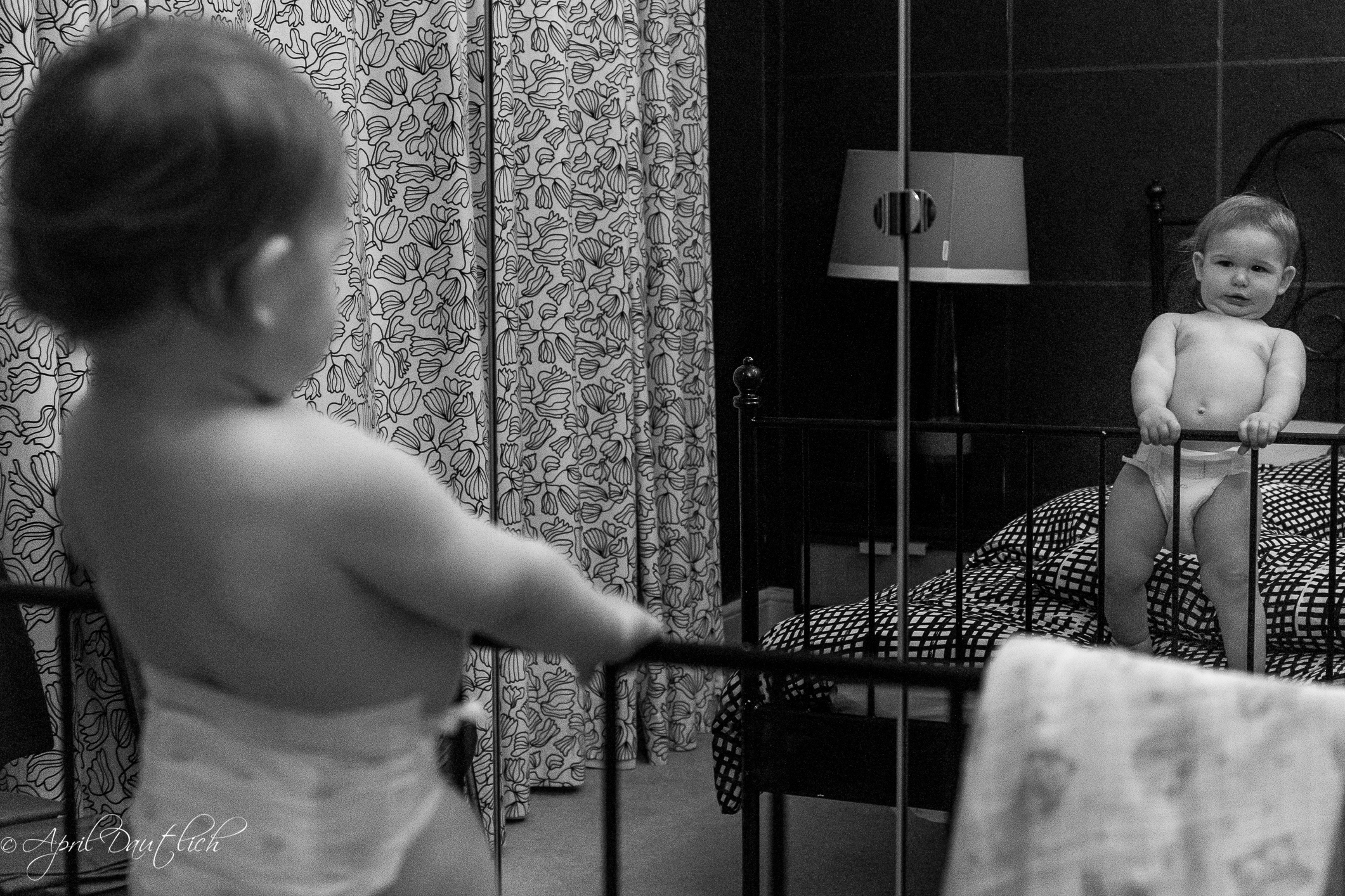 mirror play on bed10.20.17.jpg