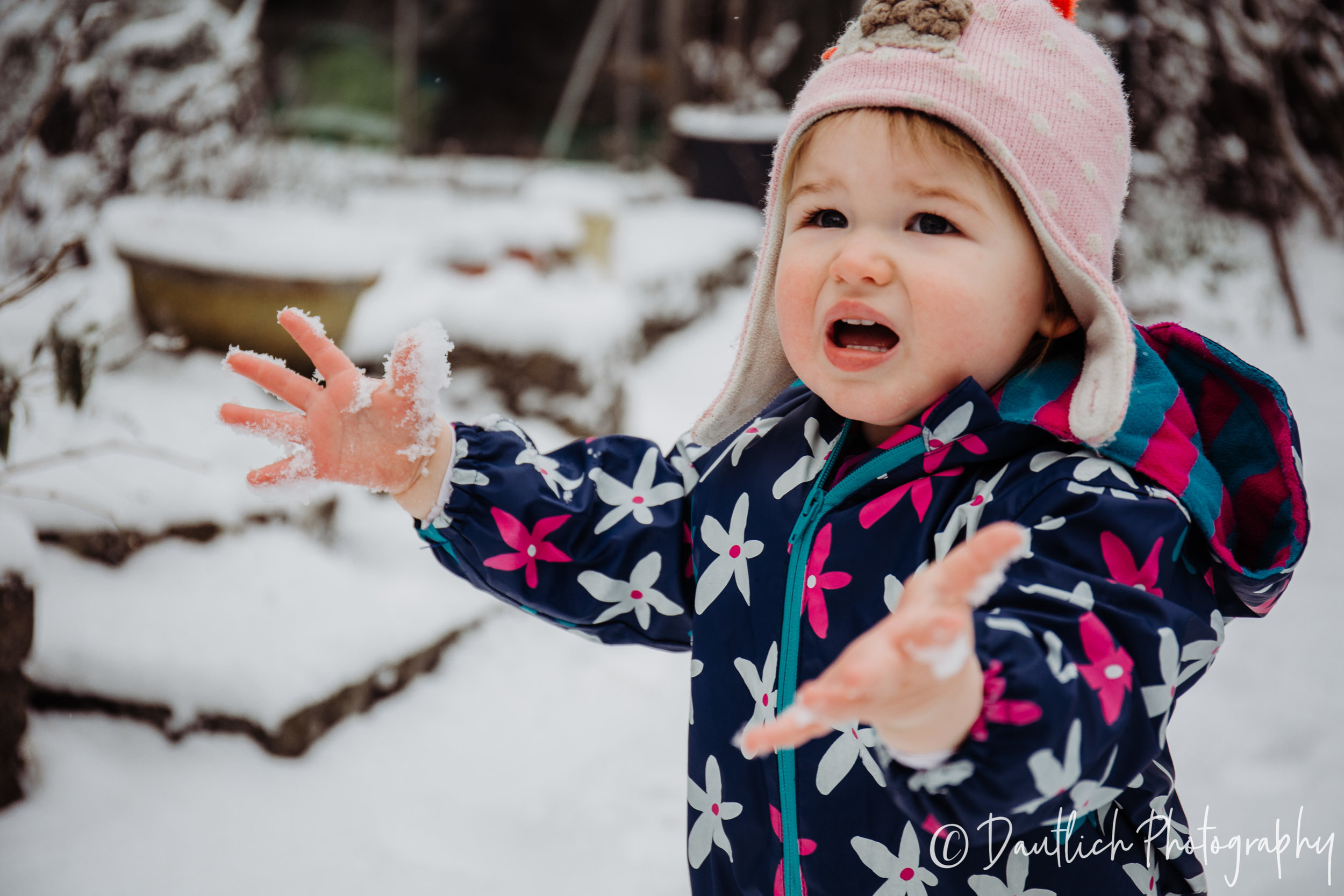 2.27.18_dautlich_photography_Hazel_snow_day-7.jpg