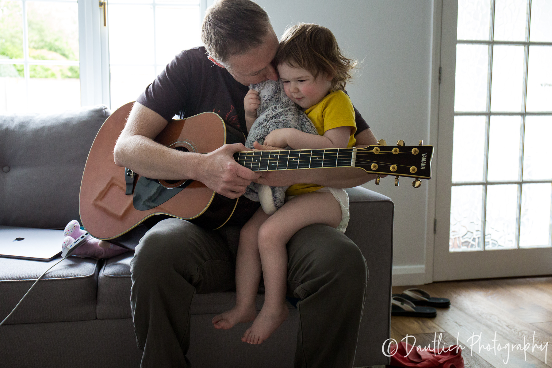 A pause in the music to have a little cuddle.