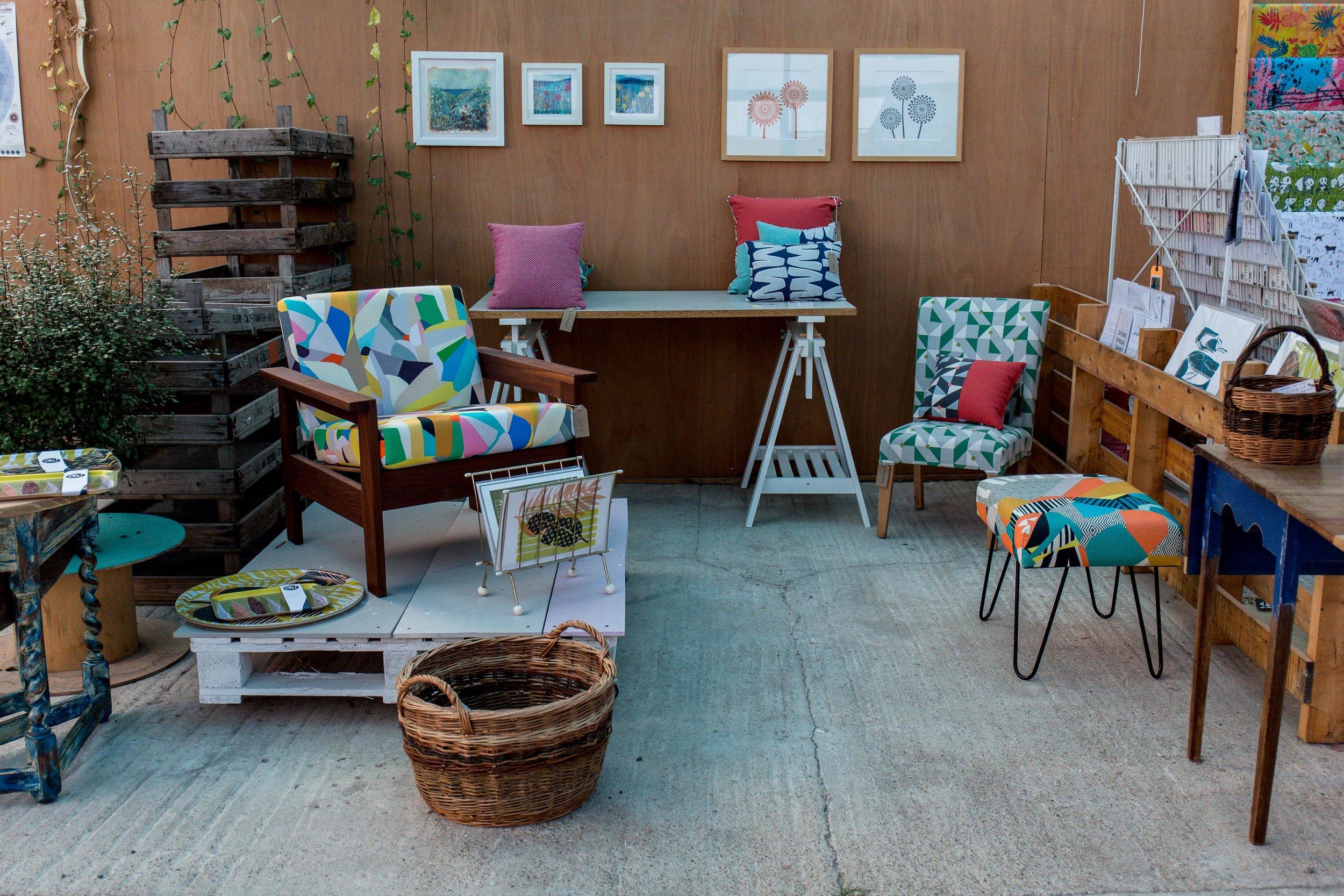 Sussex-mother-retail-artist-booth.jpg