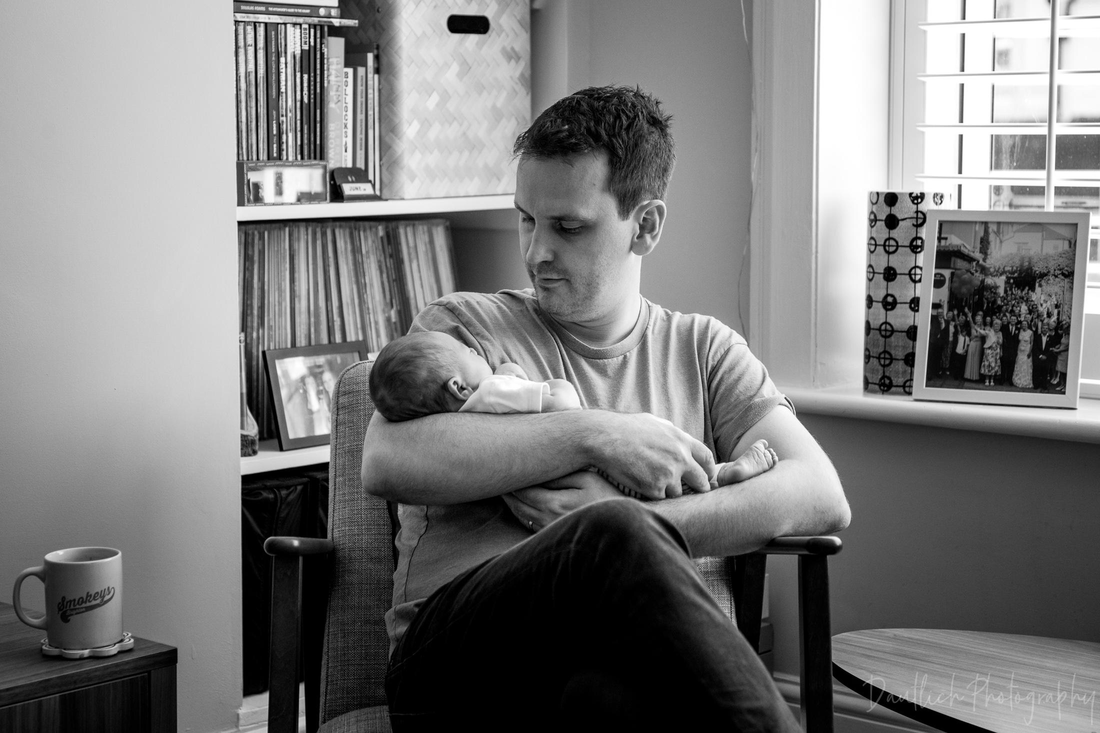 Natural-newborn-photographer-sussex-brighton-8.jpg