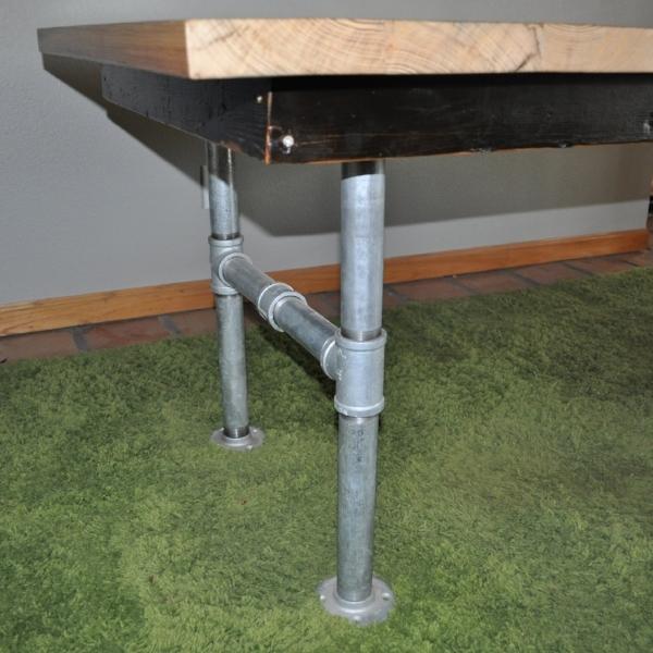 My Table Pipe Legs.JPG