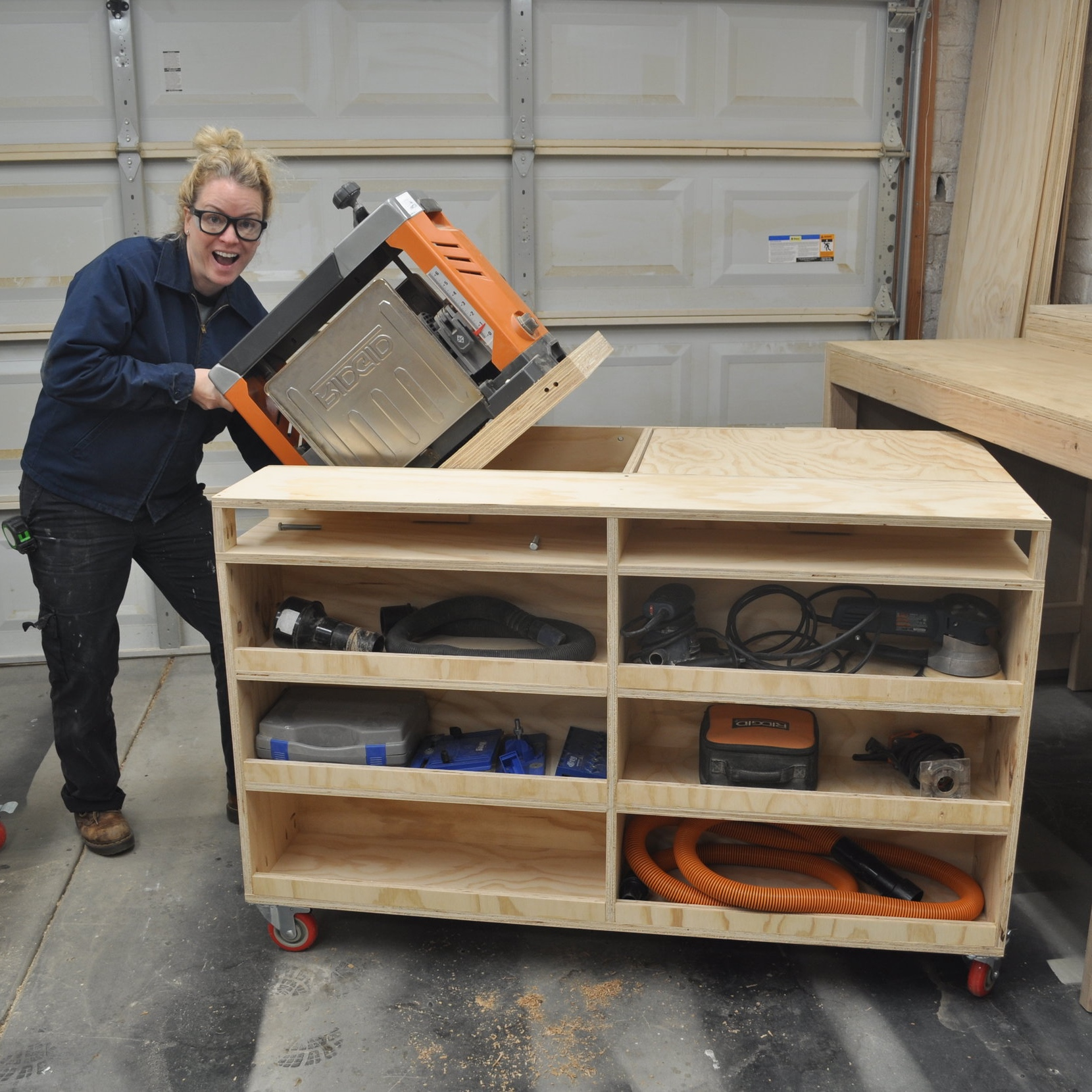 Picture of: Diy Flip Top Workbench The Awesome Orange