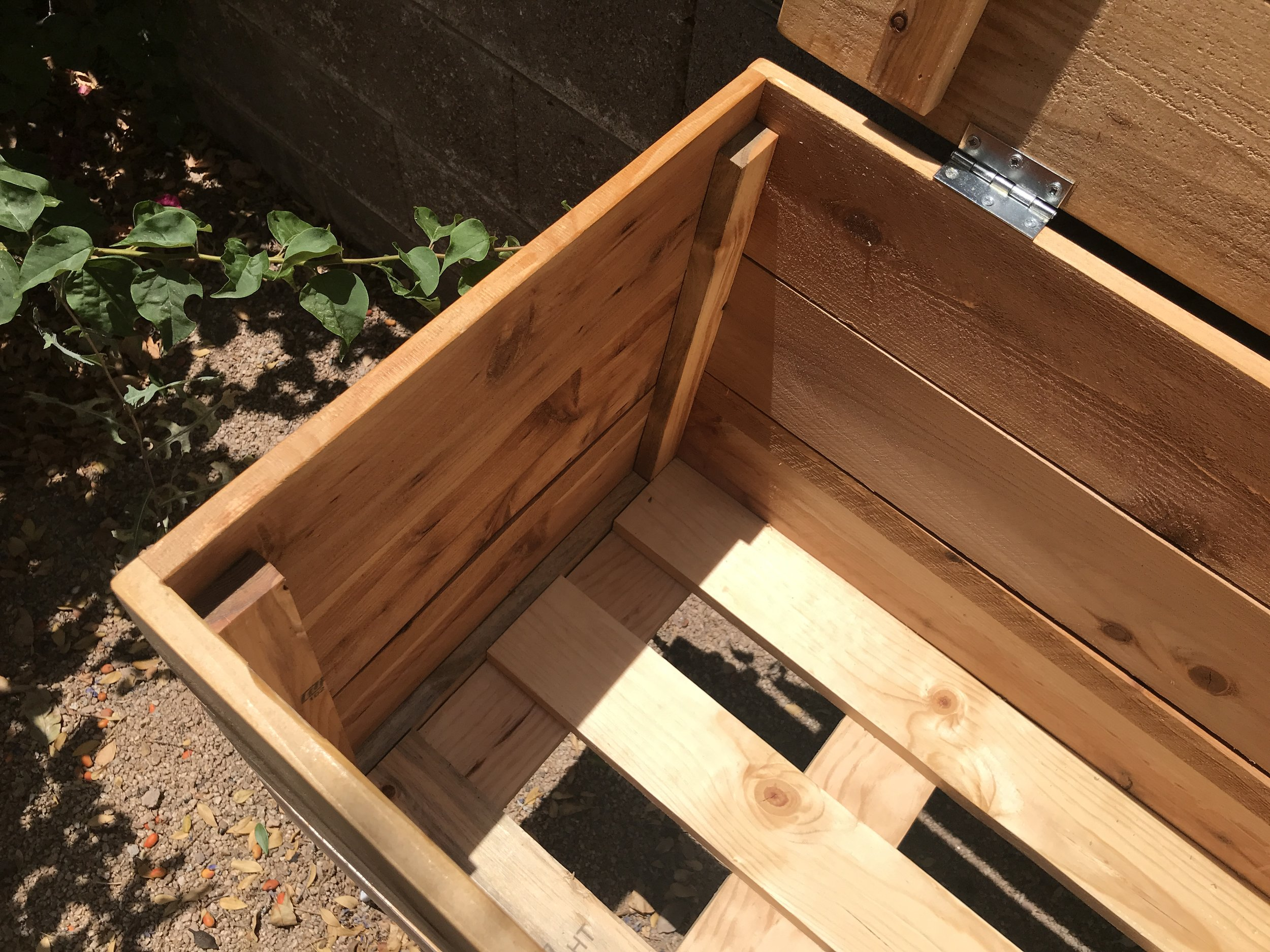 Cooler Deck Box_1301.JPG