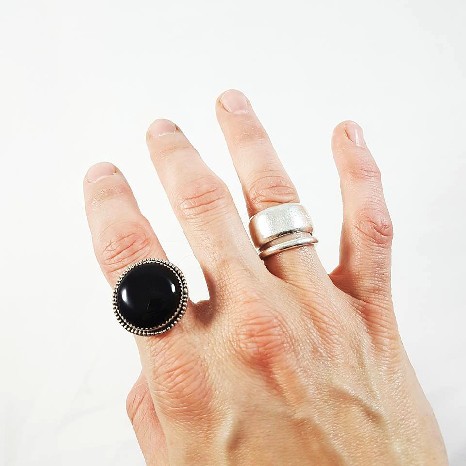 ONYX RING ON HAND.jpg