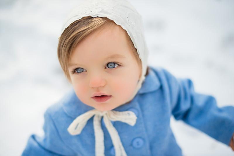 mabel blue eyes snow.jpg