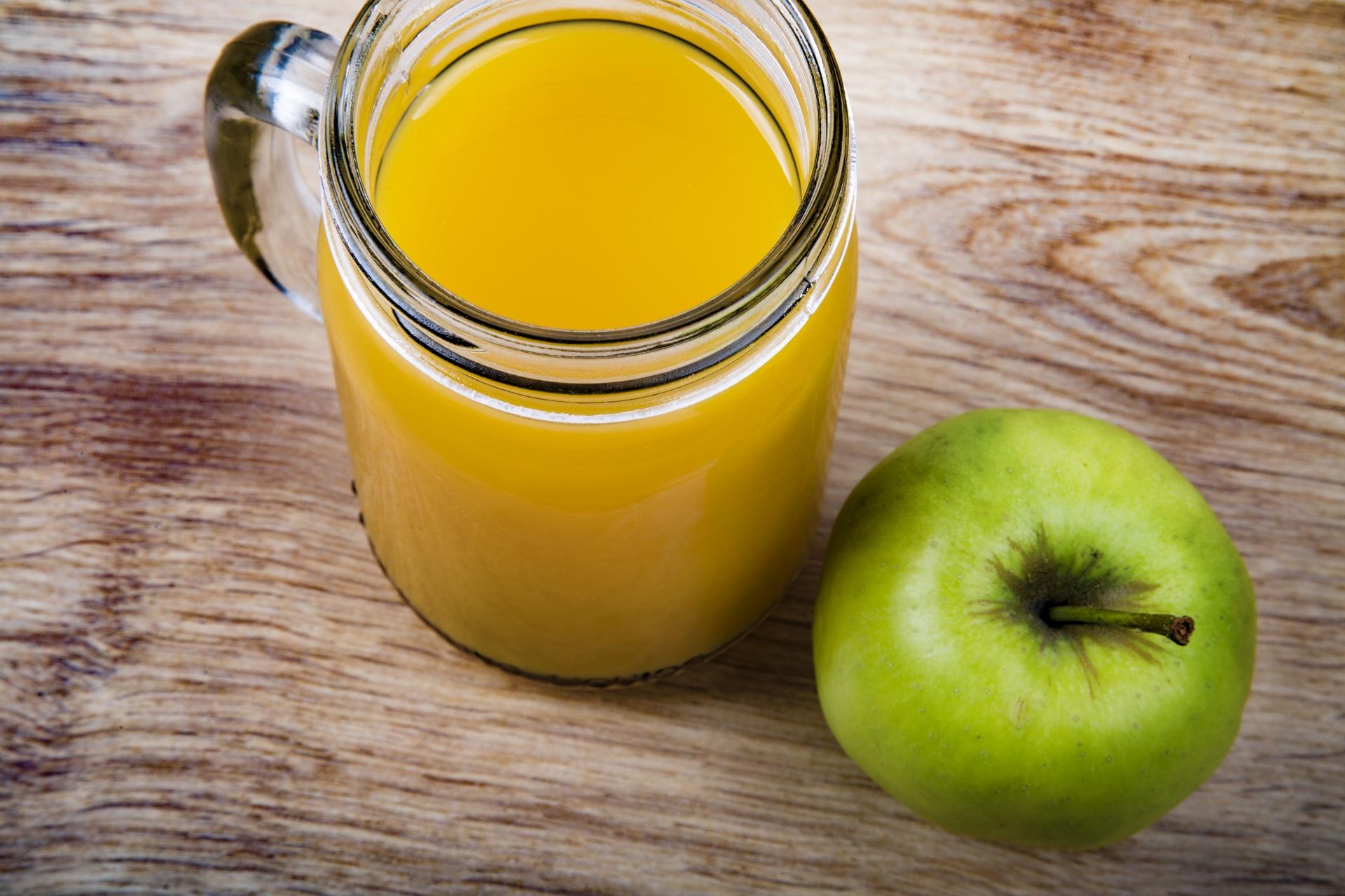 apple-juice-1473423403roT.jpg
