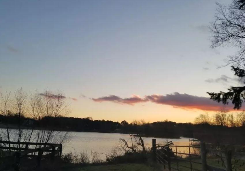 Easement to stocked lake.JPG