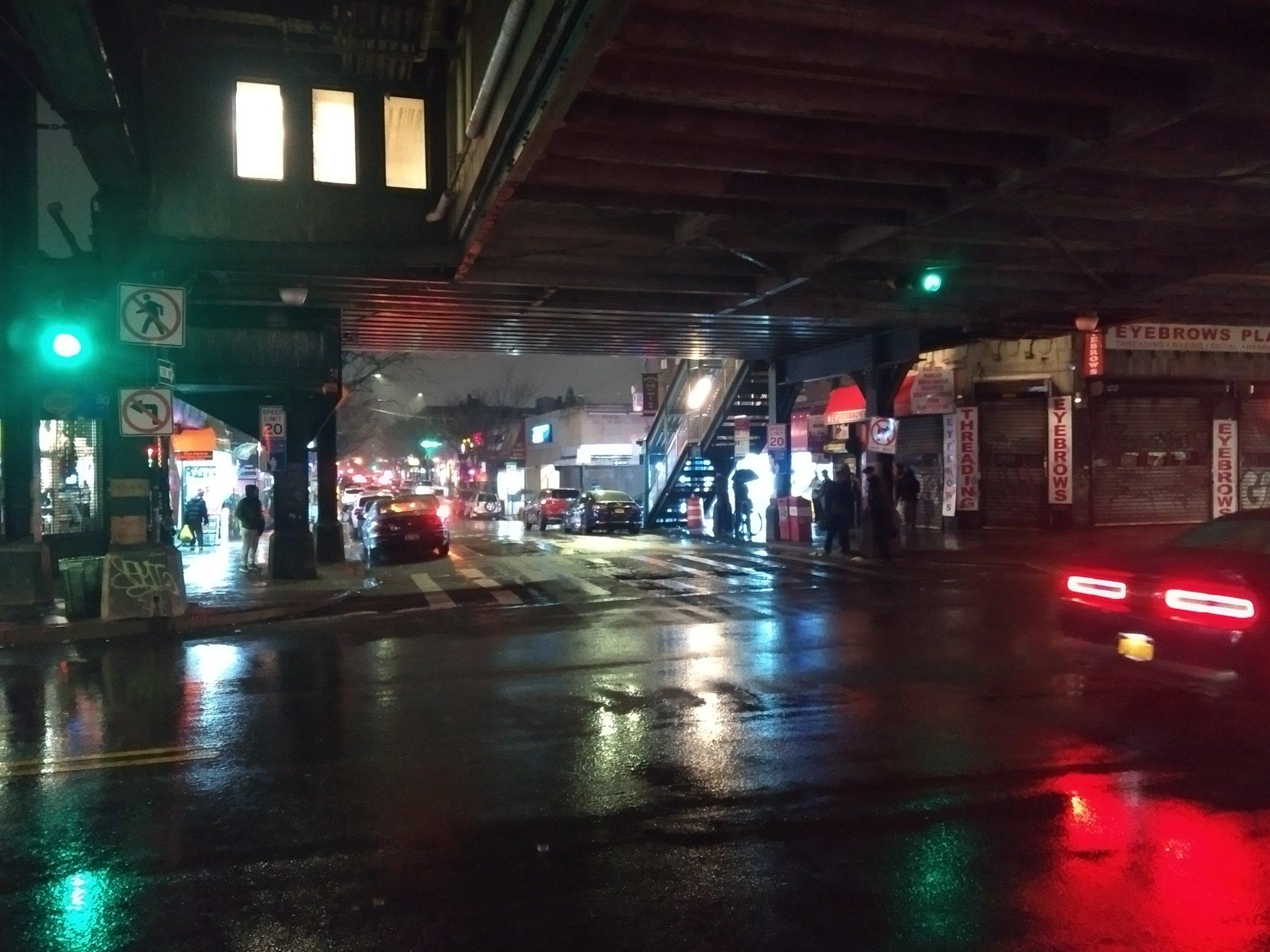 Queens Blade Runner.jpg
