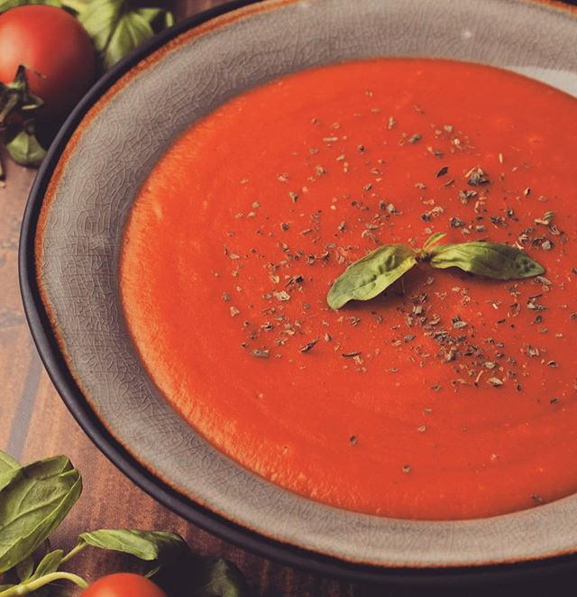 @emporiumwine SOUP OF THE DAY :  Fire roasted 🍅 tomato basil 🌿 soup, serving TODAY from 11-2 PM in #downtown #alexcity #mainstreetac