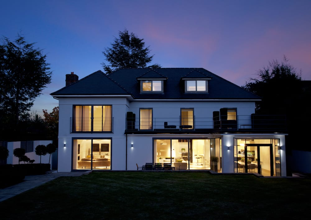 Luxury_Home_Automation_Lutron_Whole_Home_Lighting_Control_Scenes_Mood_Belmont_Surrey_SM2
