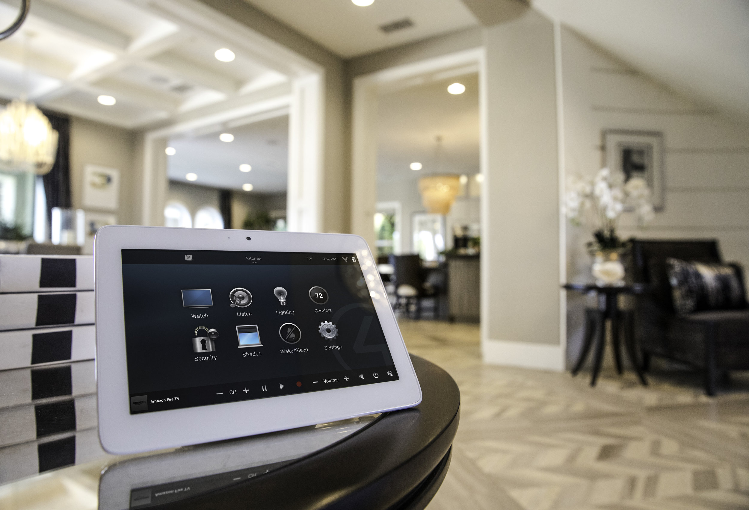 Luxury_Home_Automation_Control4_Touchscreen_Entrance_Hallway_Table_Mayfair_W1J