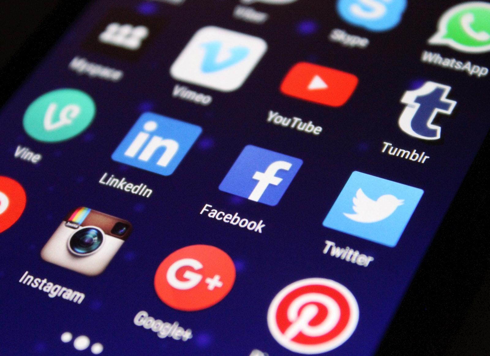 The_Web_2.0_History_Of_The_Internet_Social_Media_Icons_Facebook_Twitter_Vimeo_Youtube_Instagram_Linkedin_Google_Pinterest_Whatsapp