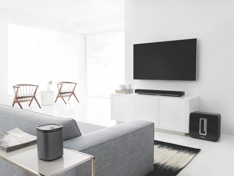Multi_Room_Audio_Sonos_White_Living Room_luxury_Grey_Sofa_Playbar_Sub_One_Speaker