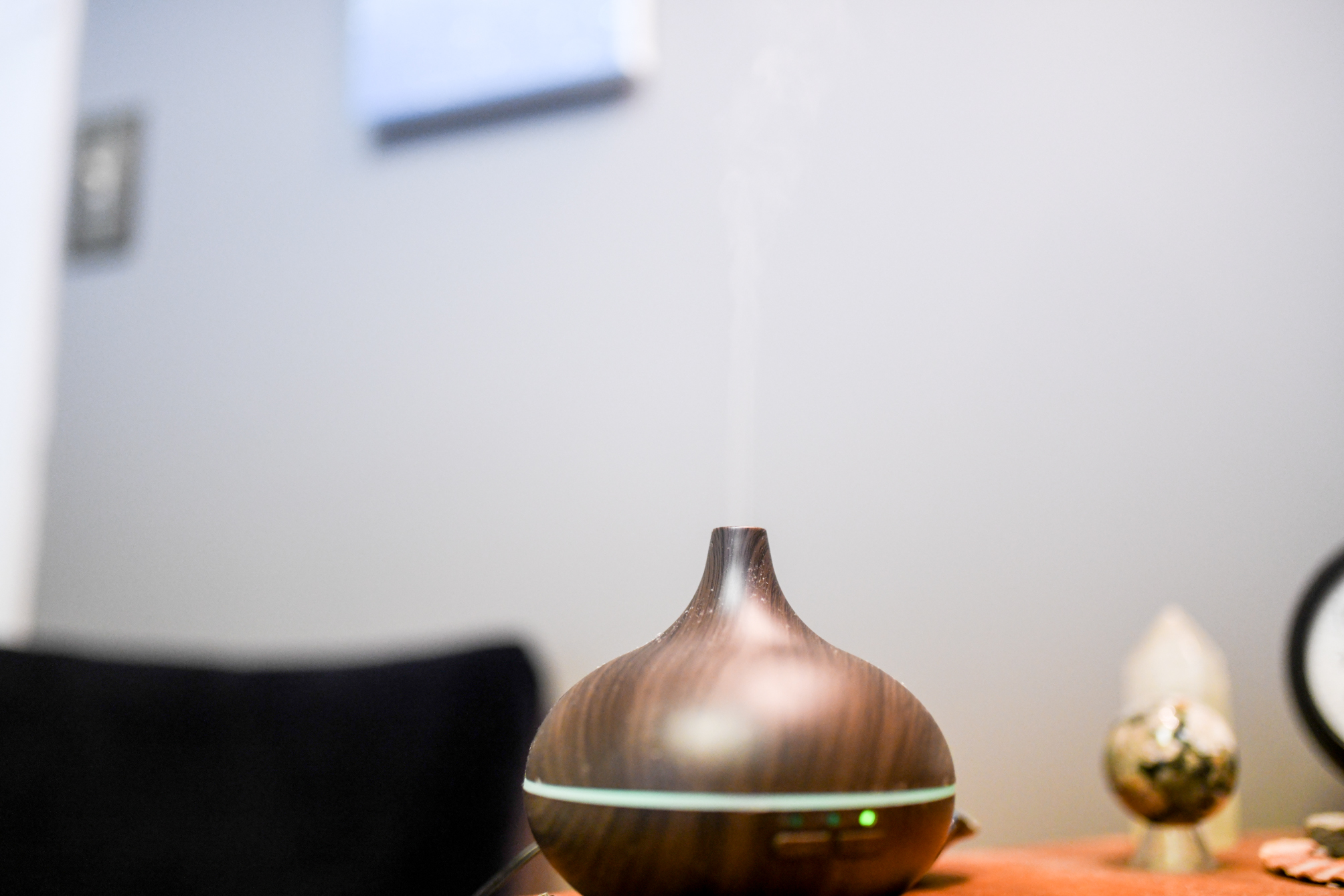 CONSULTATIONS    $75/45 min   Aromatic consultations designed to listen to your individual concerns, offer exposure to a variety of essential oils and custom create pleasurable products for your daily use.