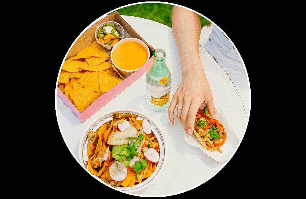food - Chicas Tacos