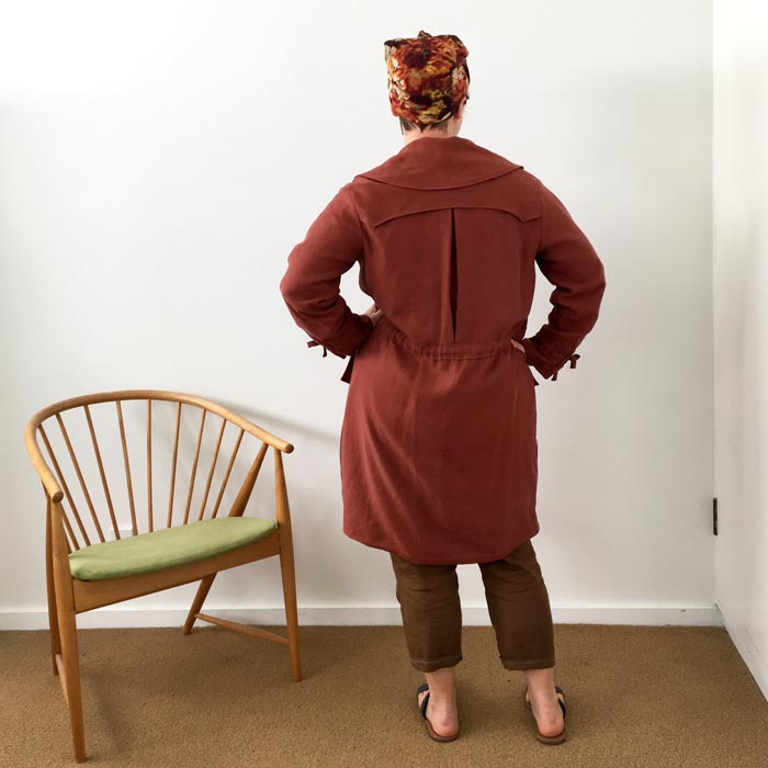 bibbity-bobbity-buttons-a-self-covered-button-jack-trench-ready-to-sew-9.jpg