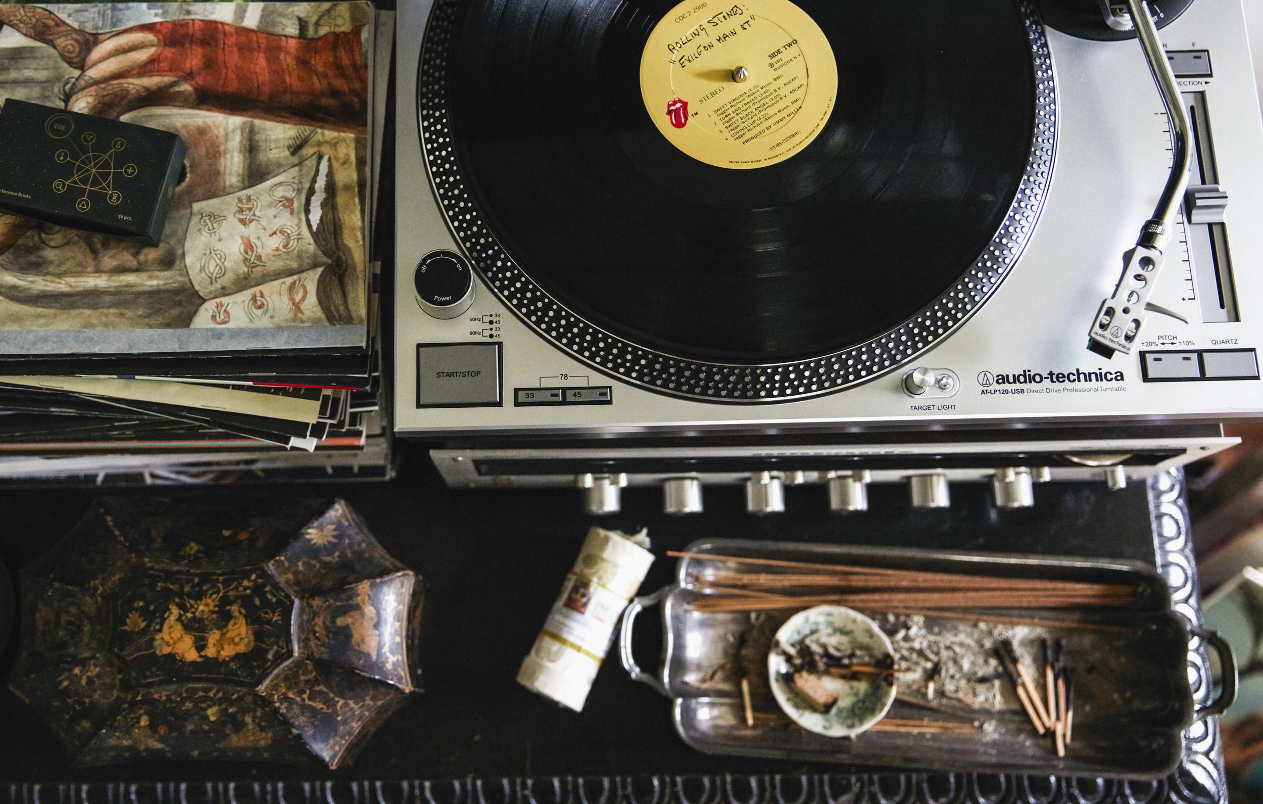 22_Details_Livingroom_112.jpg