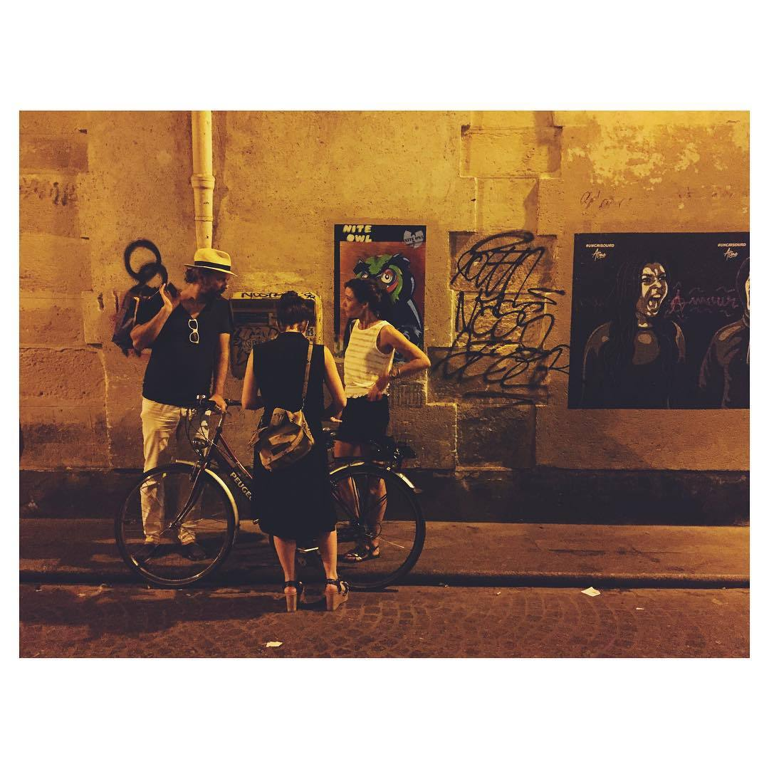 4am discussion about the meaning of life in the boiling streets of Paris. A Paris, je t'aime! #meaningoflife #conversationsat4am #nightlifeparis #night #prisbynight #WidenYourWorld #TellOn #theurbanexpat #instagood #instabest #insta #instaparis #vscocam #vsco #vscobest #vscoparis #passionpassport #NeverABoringMoment #travel #travelbug #summeroftravel (at 2me Arrt)