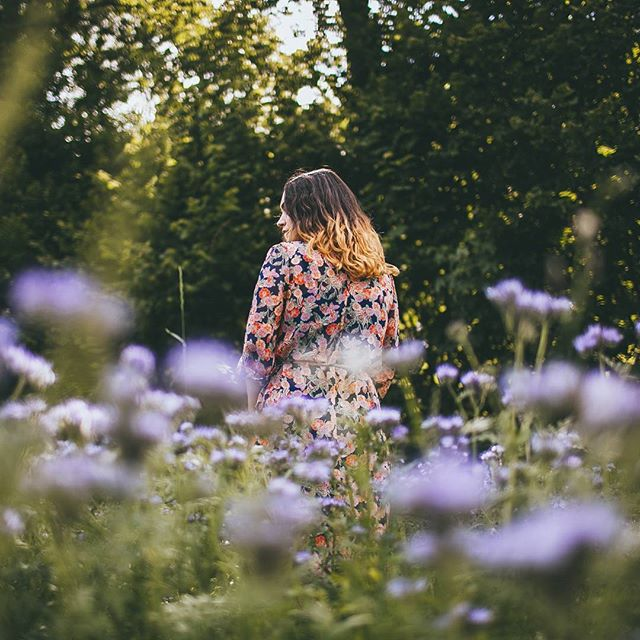 Never pass a field of flowers without stopping for a shot.  With @juliatrotti
