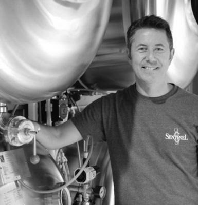 Tasting-Britain-Alex-Barlow-Sentinel-Brewery-Interview-0002-380x380.jpg