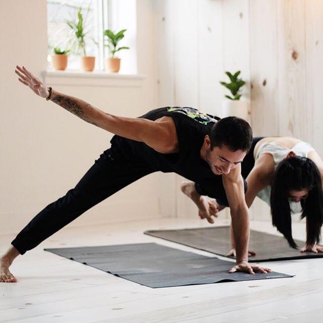 If your laughing , your doing it right 😆 . . . . . . . .  #yoga #ottawa #ottawayoga #yogateacher #yogajourney #yogaeverydamnday #yogaeverywhere #yogalife #yogatime #thesweatlife #yogaeverywhere #myyogajourney #yogi #yogagram #igyoga #yogainspiration #dailyinspiration #yogalove #yogapractice #practicedaily #therobaway #divinelightbeings #youtubeyoga #joblove #yogaposes