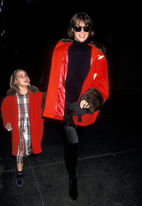 Anna Wintou 1993 2 - Getty Images.jpeg