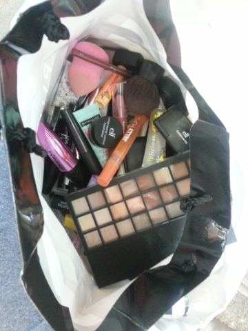Beauty Products Spring Cleaning - OPENLETR.jpg