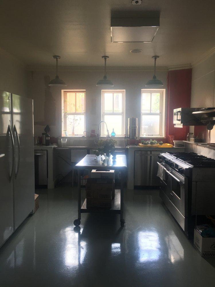 amoc+kitchen.jpeg