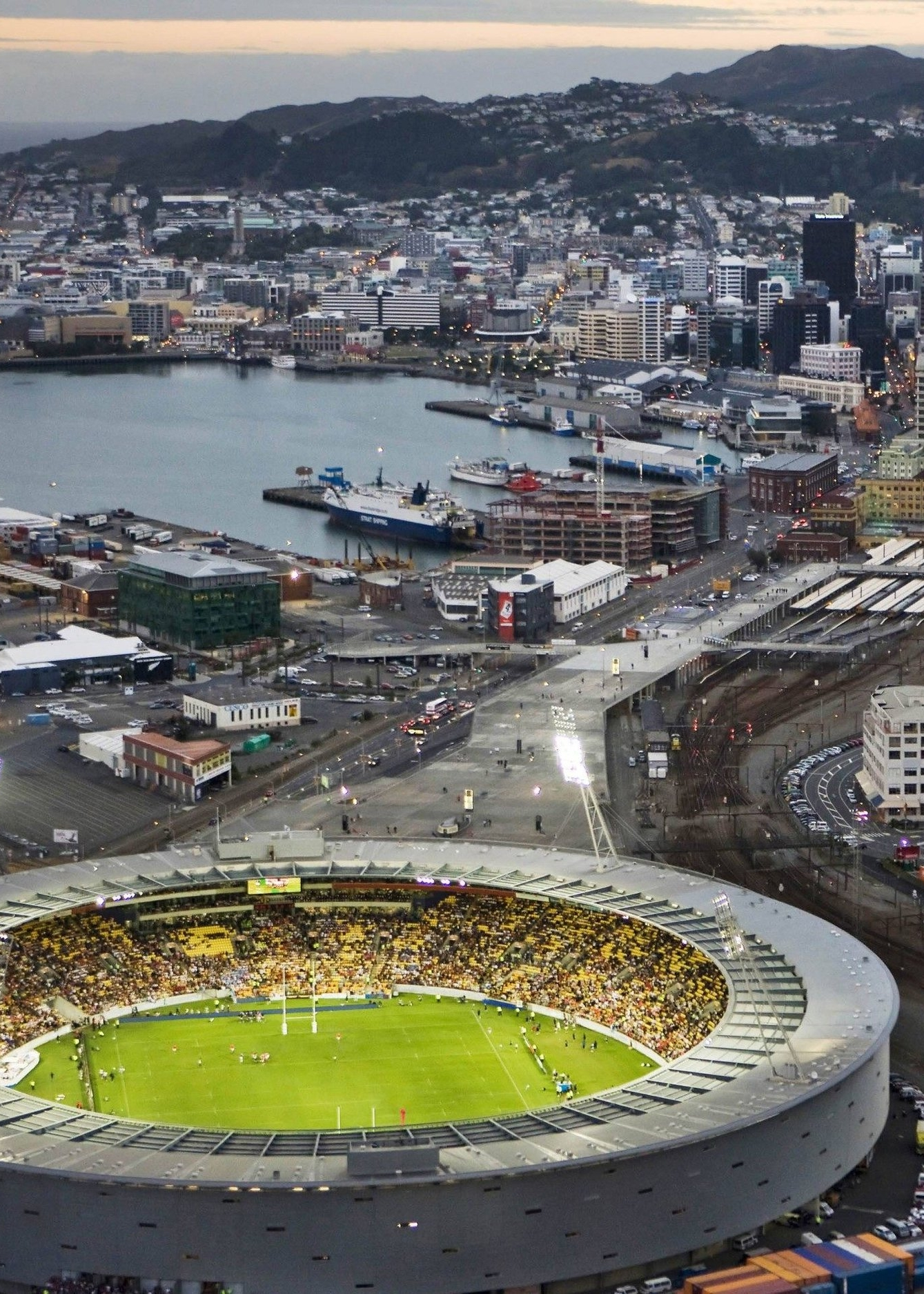 Port-stadium-at-dusk-Wellington-city-walking-tour-2014-05-11-34.jpg