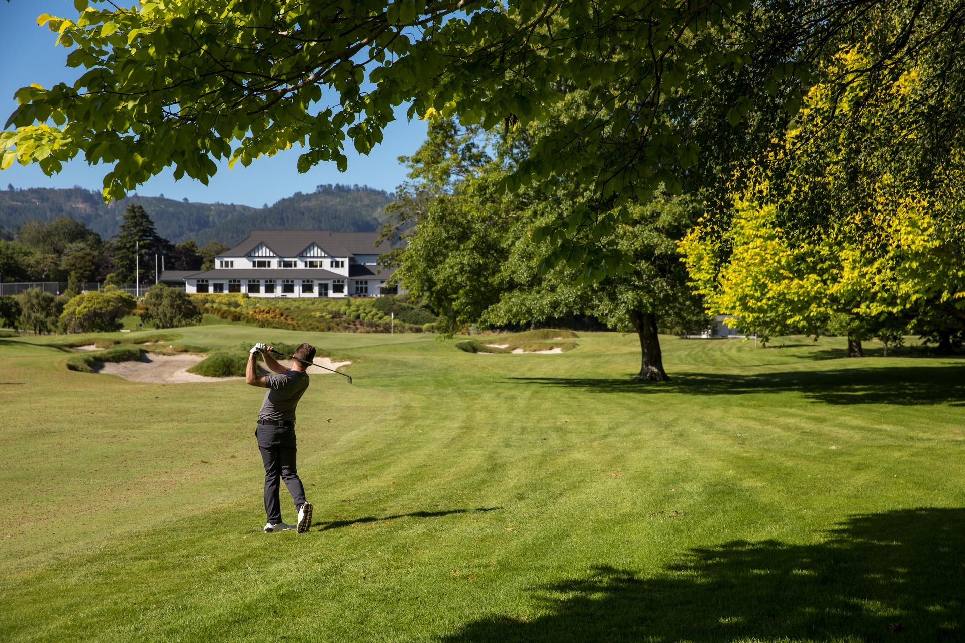 16-Royal-Wellington-Golf-Club-Wellington-Graeme-Murray.jpg