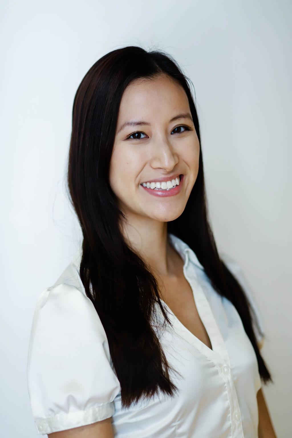 Claudia Chen RMT