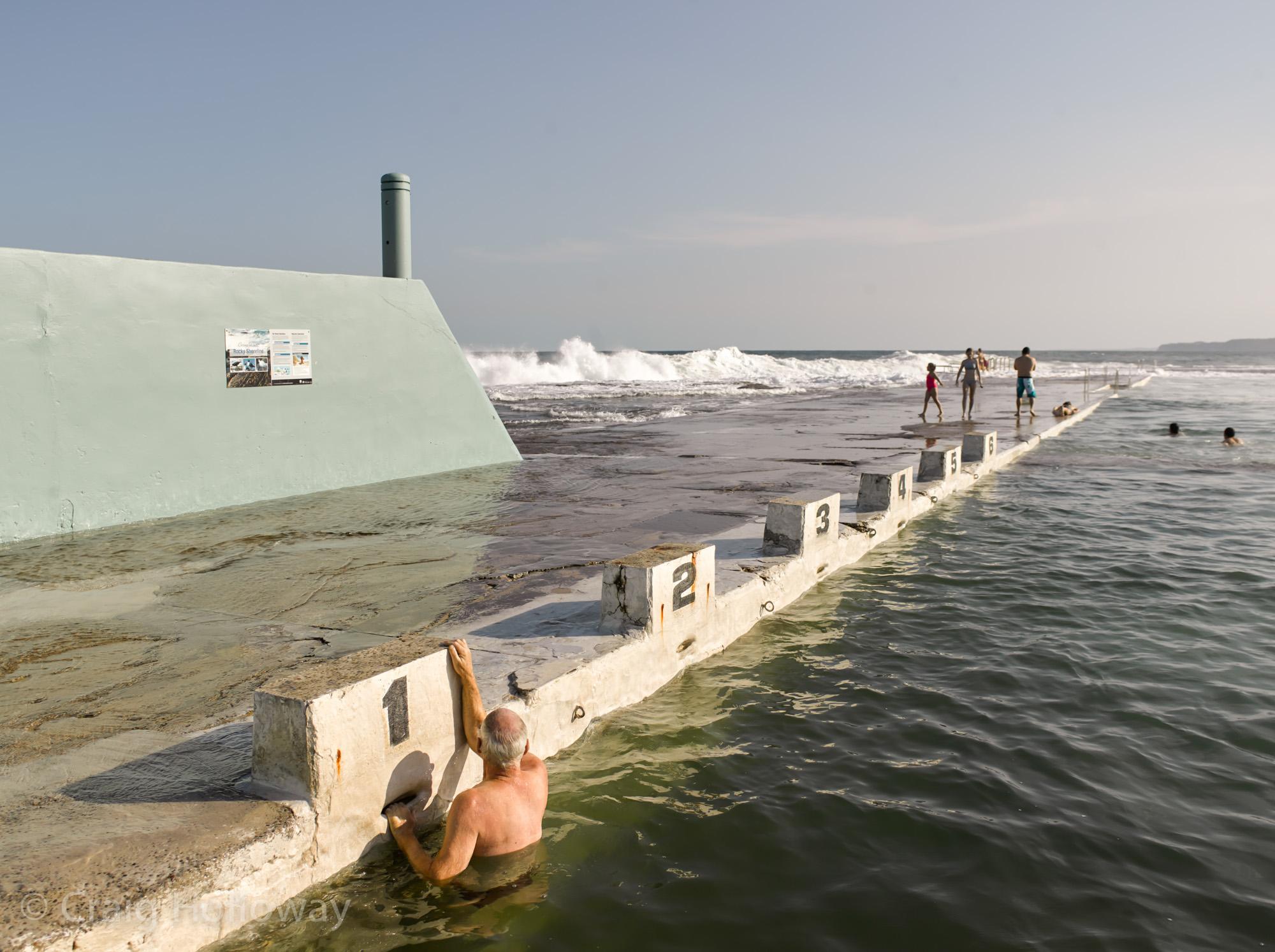 Newcastle Ocean Baths 07.jpg