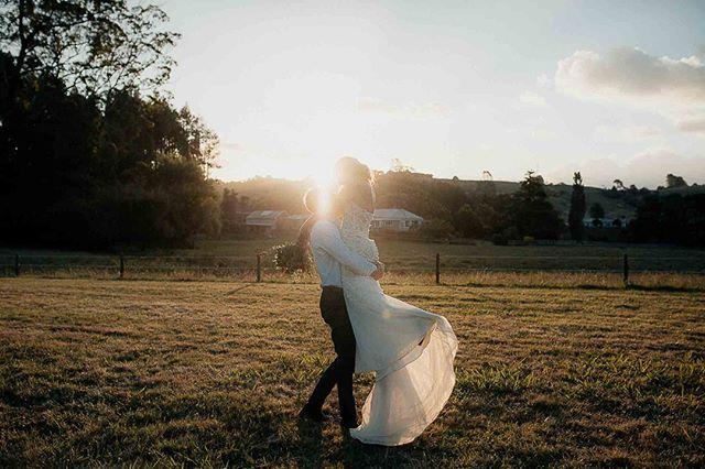 Dreamy light for dreamy photos 🥰⠀ .⠀ .⠀ .⠀ .⠀ .⠀ .⠀ #weddingphotographer #togetherjournal #belovedstories #lookslikefilm #radlovestories #junebugweddings #weddingphotographer #photobugcommunity #loveandwildhearts #goldenhour #bridalshoot #theknot #authenticlovemag #heyheyhellomay #loveauthentic #weddingphotography #weddinginspiration #dirtybootsandmessyhair #chasinglight #bride #radstorytellers #wedding #justalittleloveinspo #love #destinationweddingphotographer #elopementlove #newzealandweddings #australianweddingphotgrapher #byronbayweddingphotographer #noosaweddingphotographer