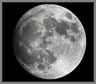 moon_full_close_up.jpg